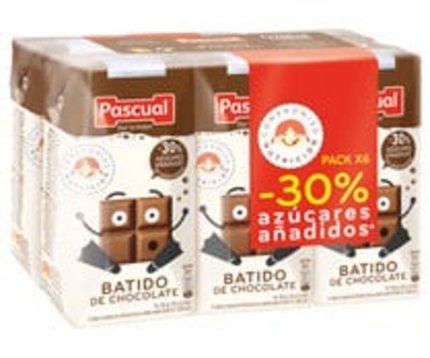 Oferta de Batido de chocolate, elaborado sin edulcorantes y con un 30% menos de azúcares añadidos PASCUAL 6 x 200 ml. por 1,95€