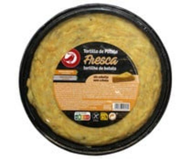 Oferta de Tortilla fresca de patatas, sin cebolla y elaborada sin gluten PRODUCTO ALCAMPO 600 g. por 1,67€