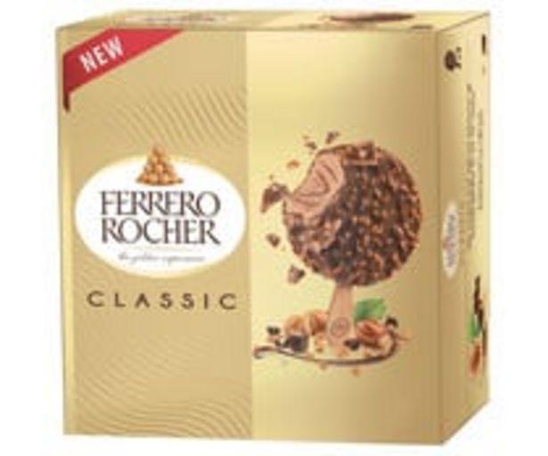 Oferta de Bombon helado de avellana recubierto de chocolate con trozos de avellana FERRERO ROCHER Classic 4 x 70 ml. por 3,98€