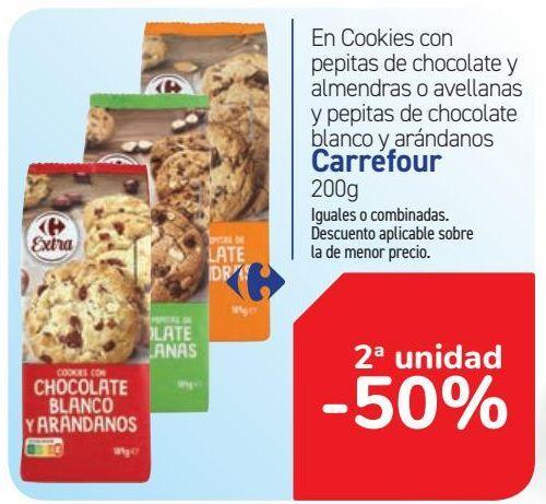Oferta de En Cookies con pepitas de chocolate y almendra o avellanas y pepitas de chocolate blanco y arándanos Carrefour  por